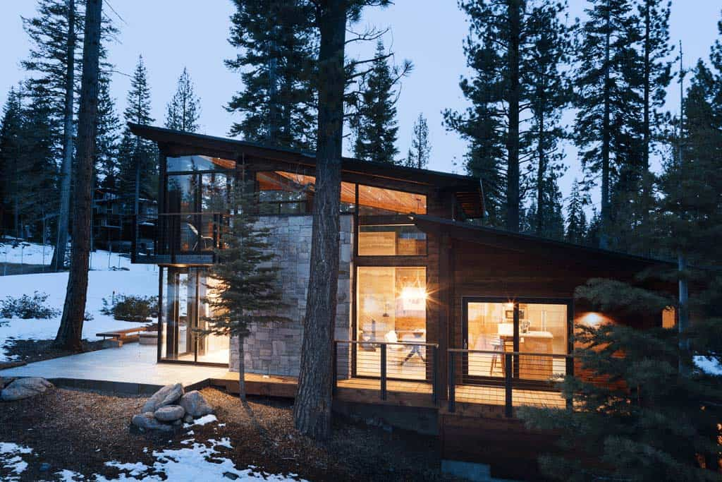 mountain-modern-rustic-home-exterior