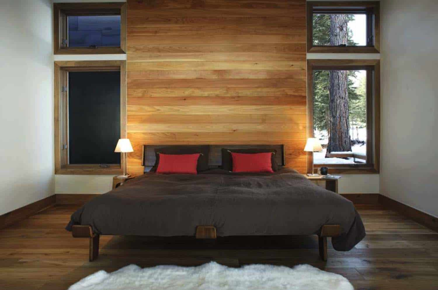 mountain-modern-rustic-home-bedroom