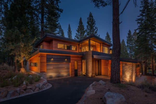 featured posts image for Mountain modern prefab provides idyllic forest retreat in Truckee
