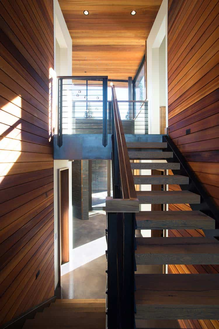 mountain-modern-prefab-staircase
