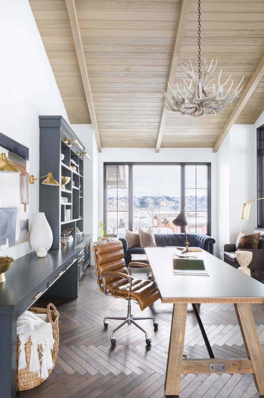 mountain-ranch-home-office