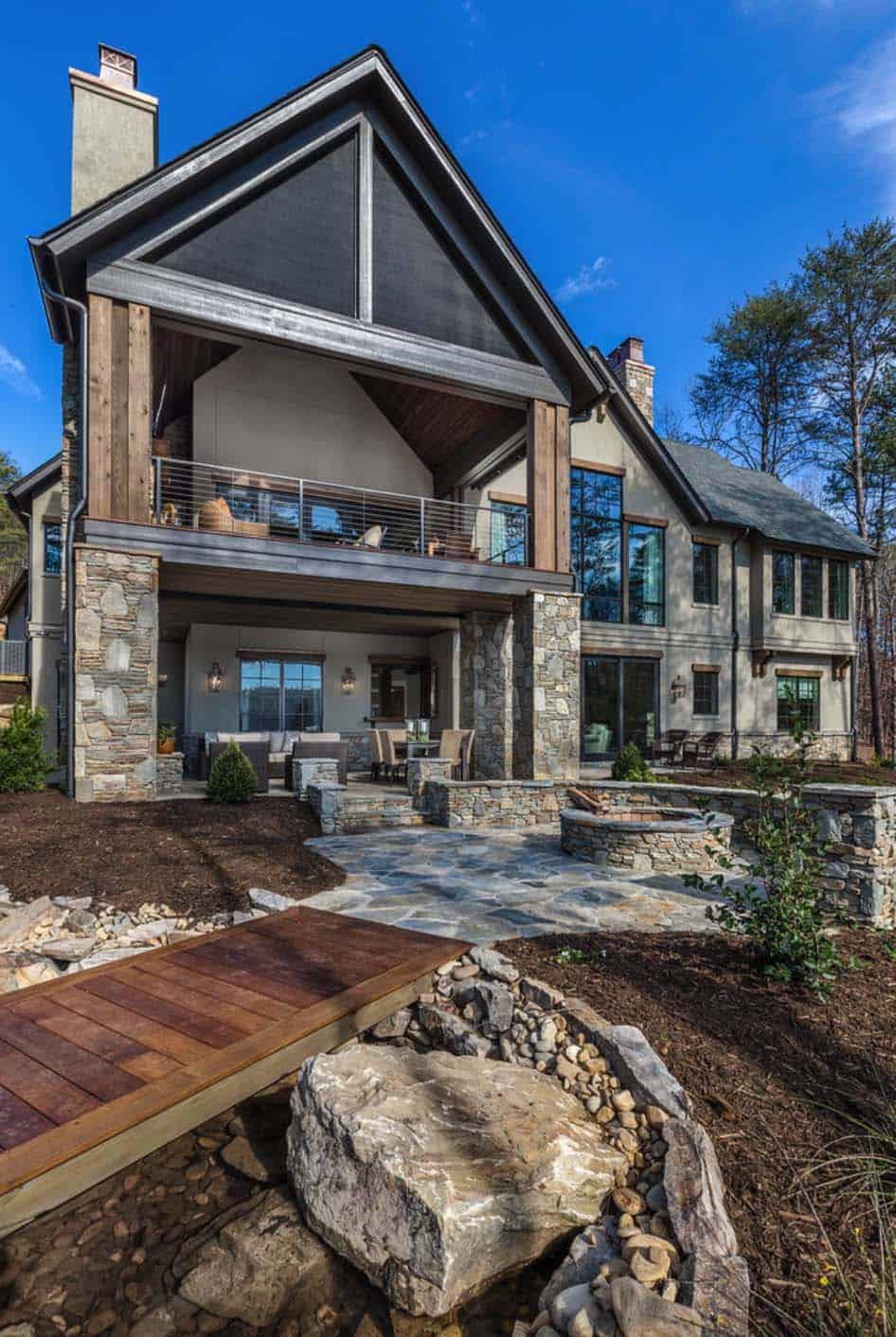 rustic-house-exterior-deck