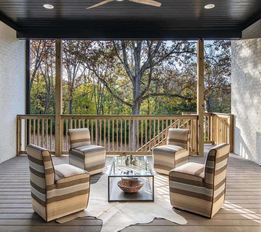 transitional-style-outdoor-covered-porch