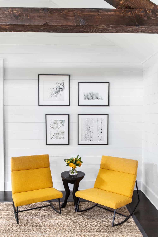 modern-farmhouse-master-bedroom-seating