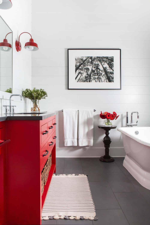 modern-farmhouse-guest-bathroom