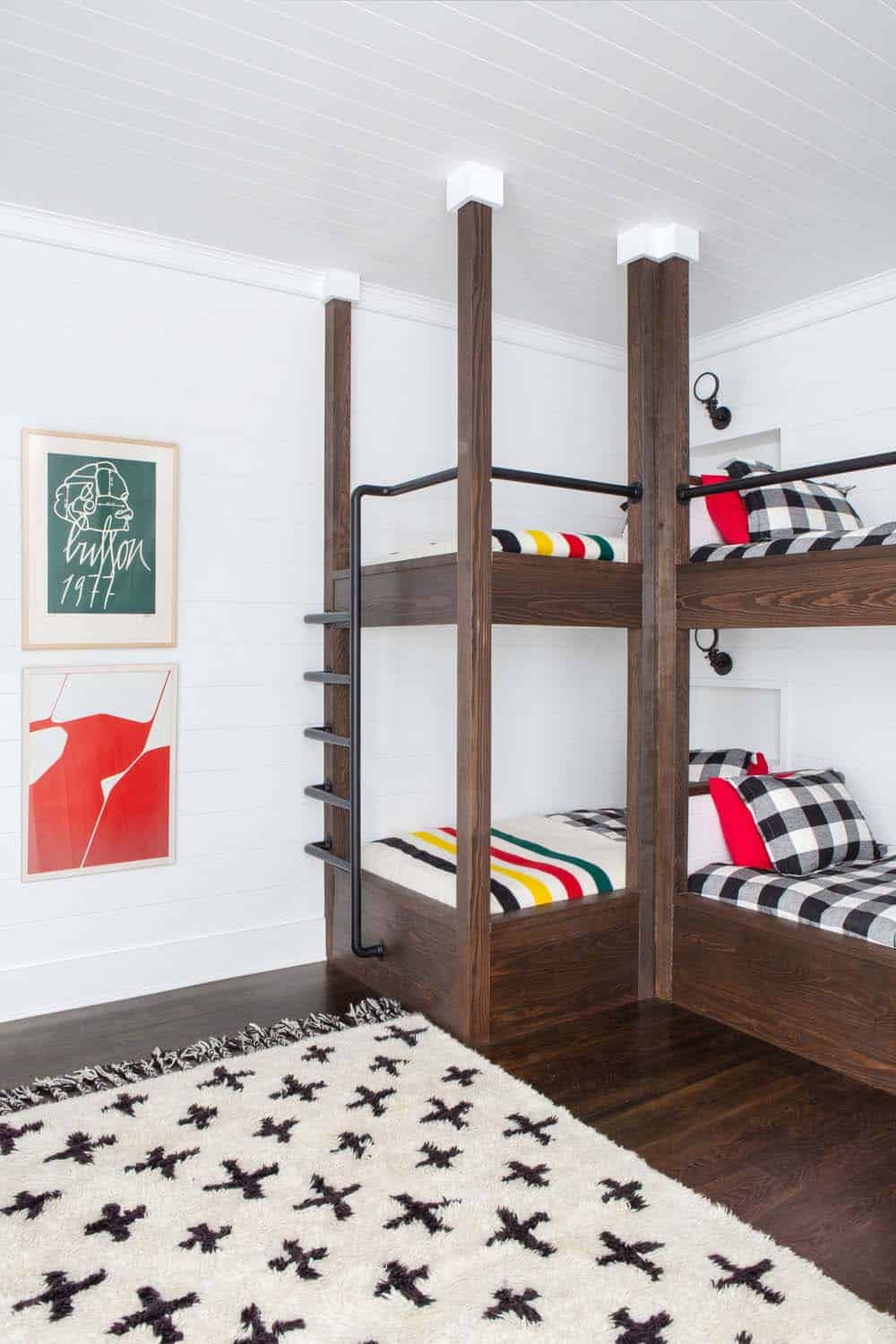 modern-farmhouse-bunk-room-detail