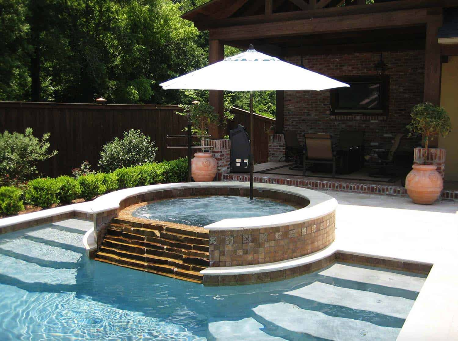 40 Outstanding Hot Tub Ideas To Create