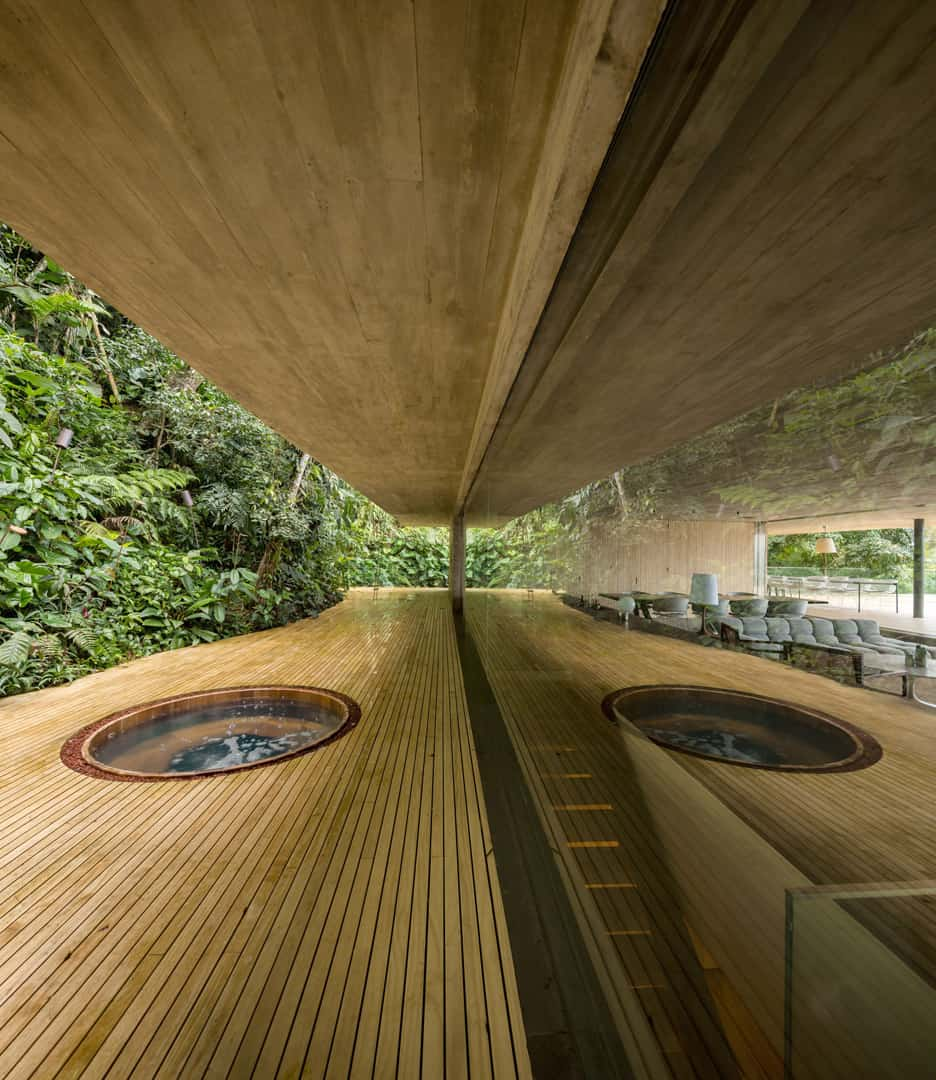 hot-tub-integrated-into-a-deck