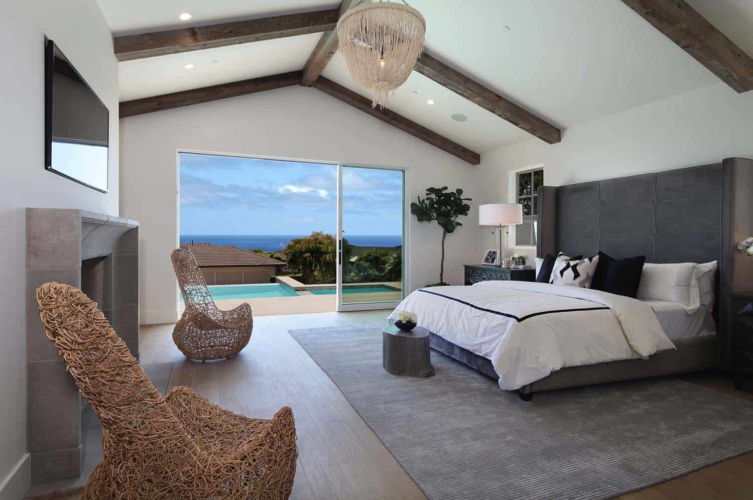 contemporary-master-bedroom