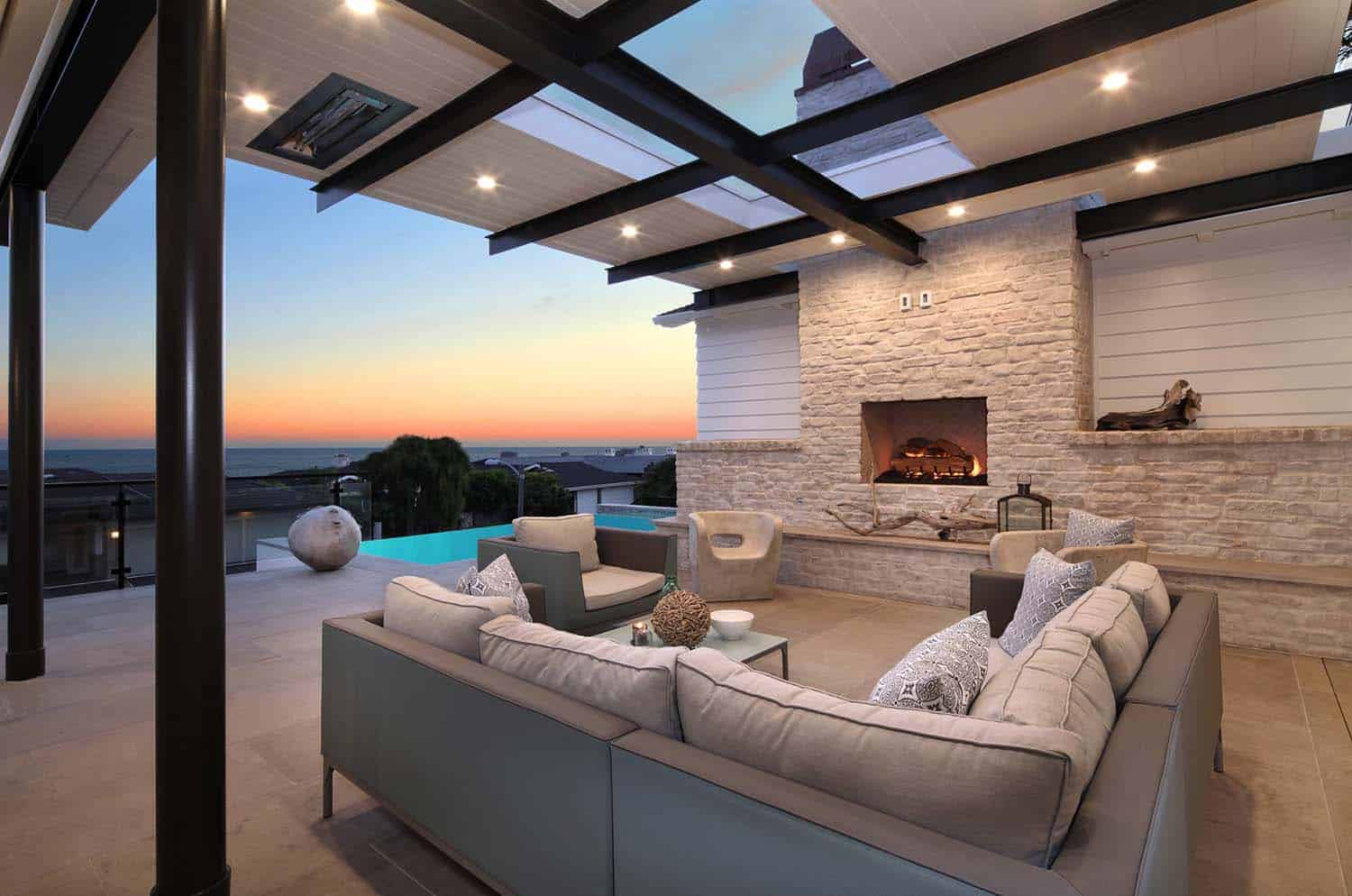 contemporary-exterior-patio