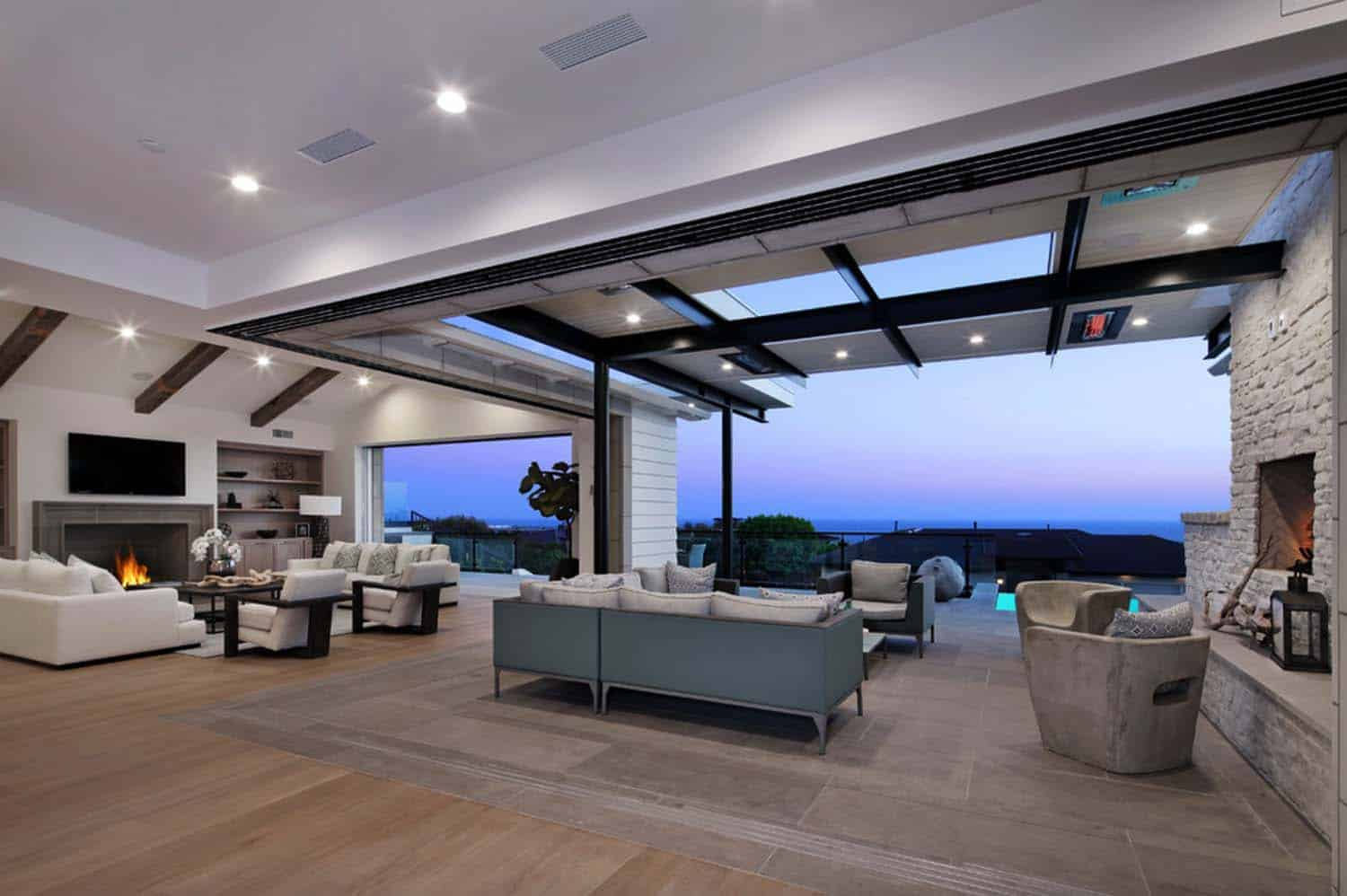 contemporary-living-room-patio