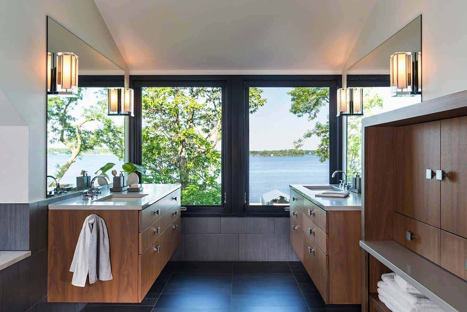 contemporary-lake-minnetonka-home-bathroom