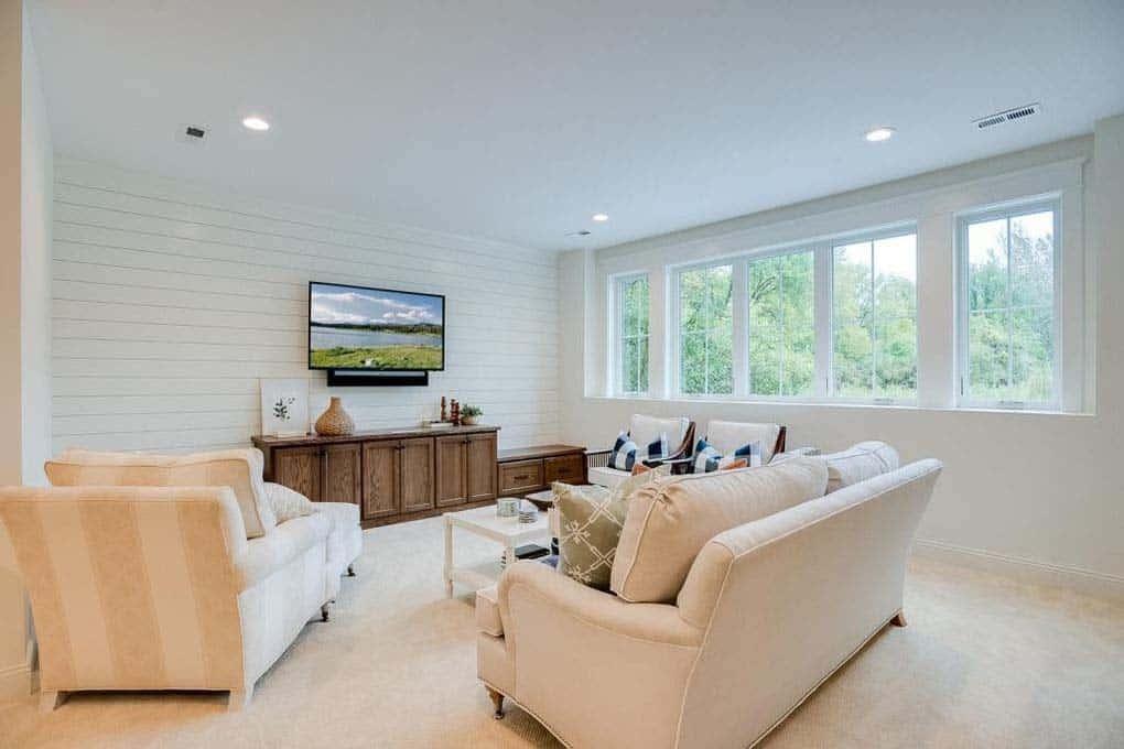 farmhouse-style-media-room