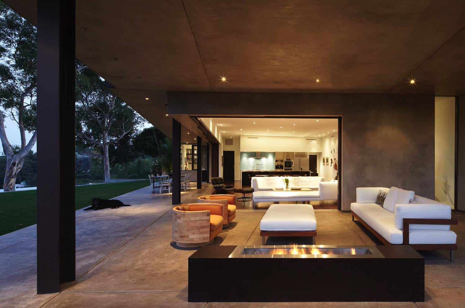 modern-dream-house-exterior-patio