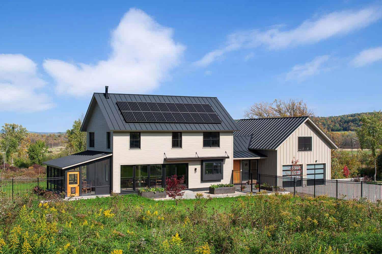 net-zero-farmhouse-exterior-landscape