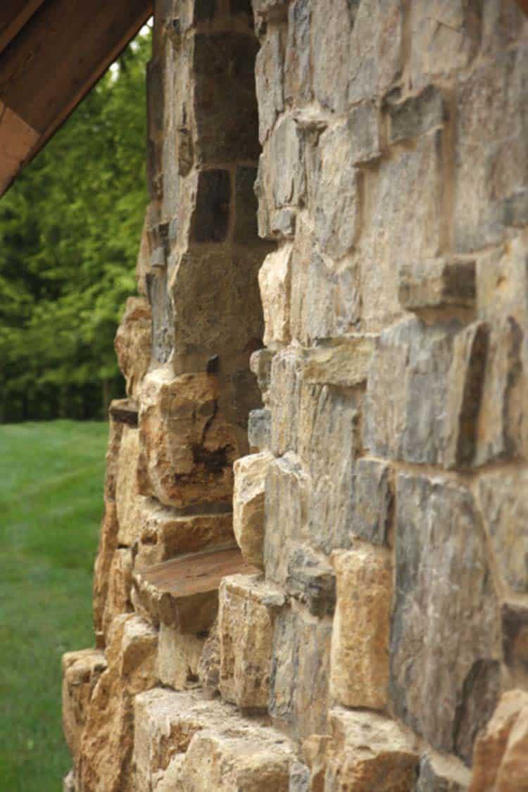 hunting-barn-rustic-exterior