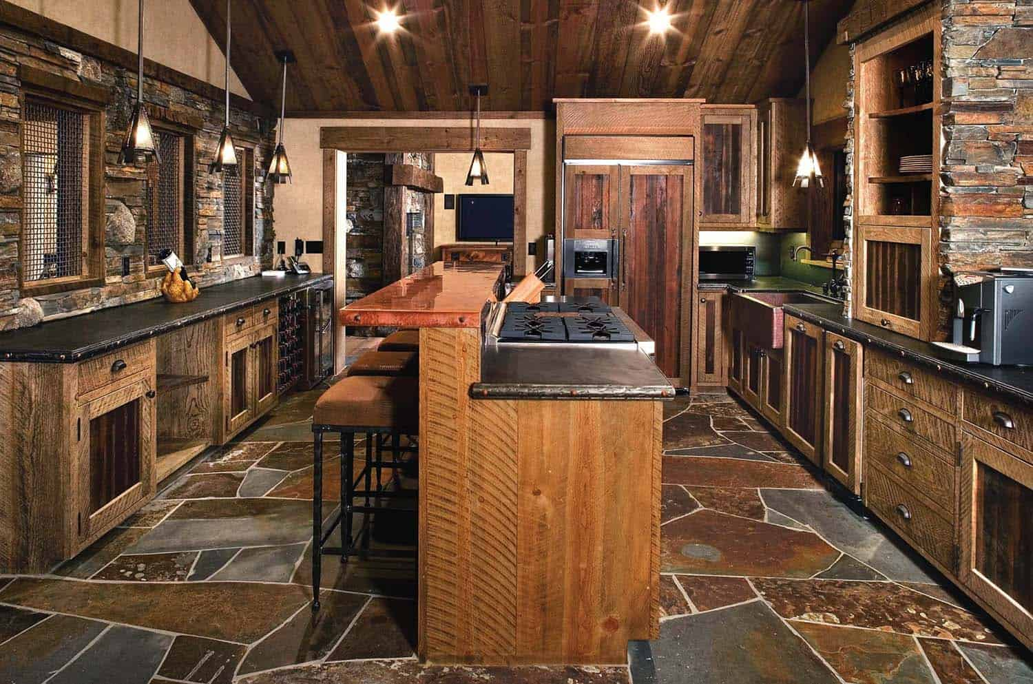 rustic-mountain-retreat-kitchen
