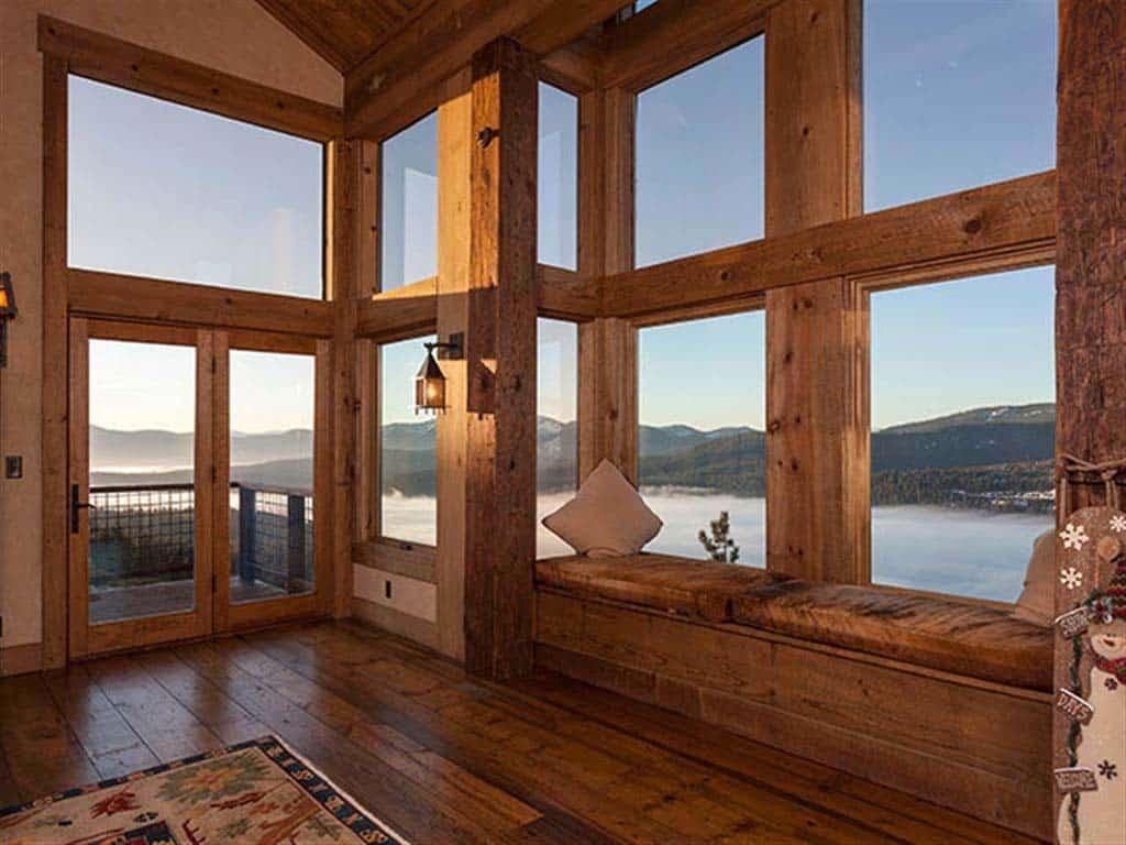rustic-living-room-window-seat