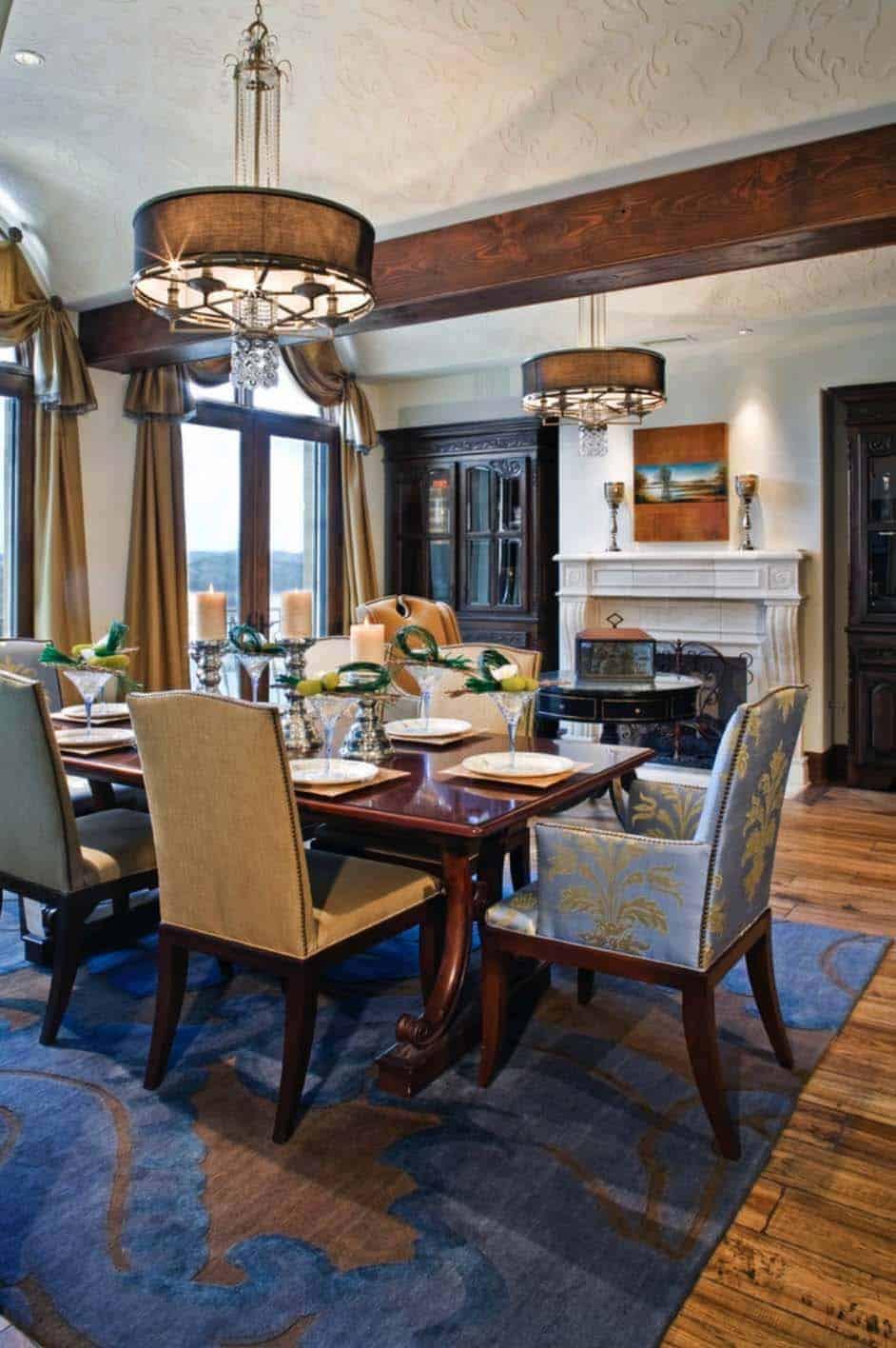 santa-barbara-style-dining-room