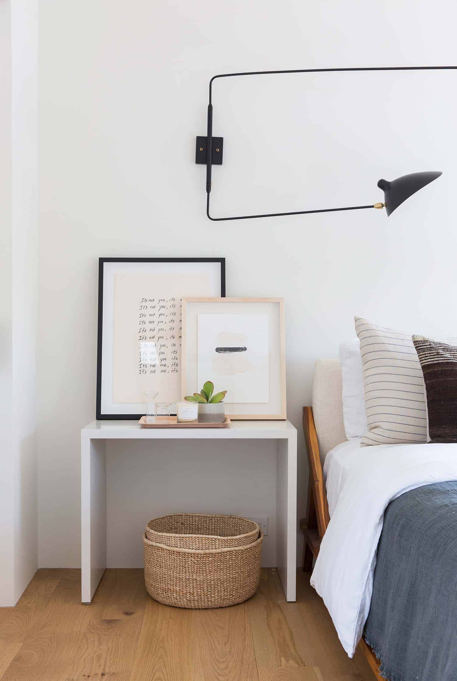 scandinavian-modern-bedroom