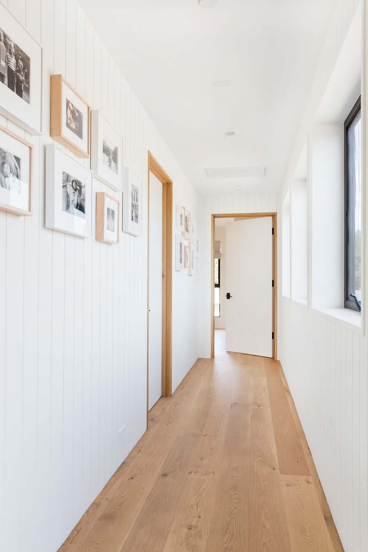 scandinavian-modern-hall