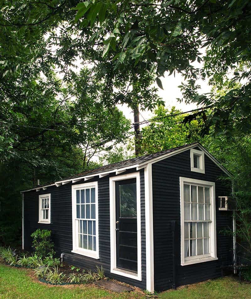 she-shed-backyard-garden-getaway