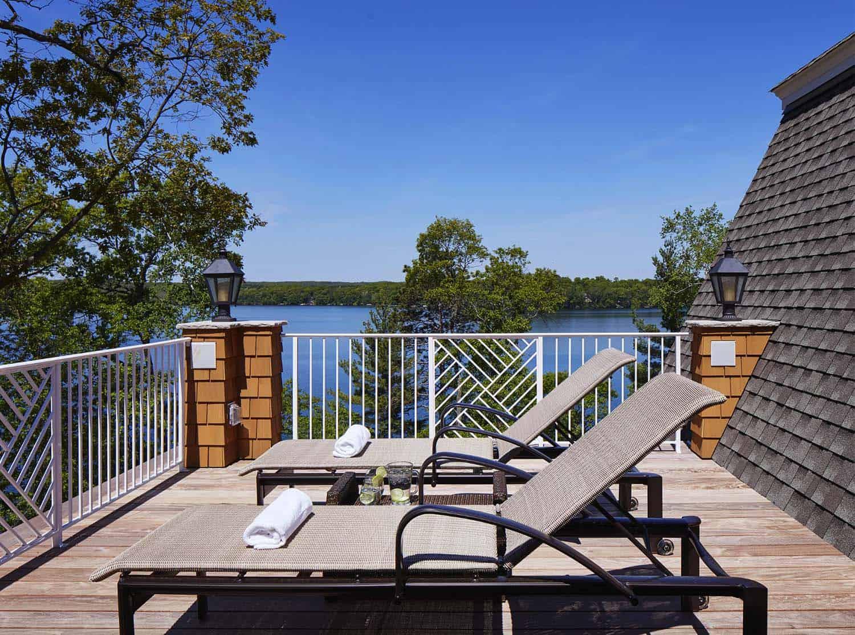 shingle-style-beach-style-deck