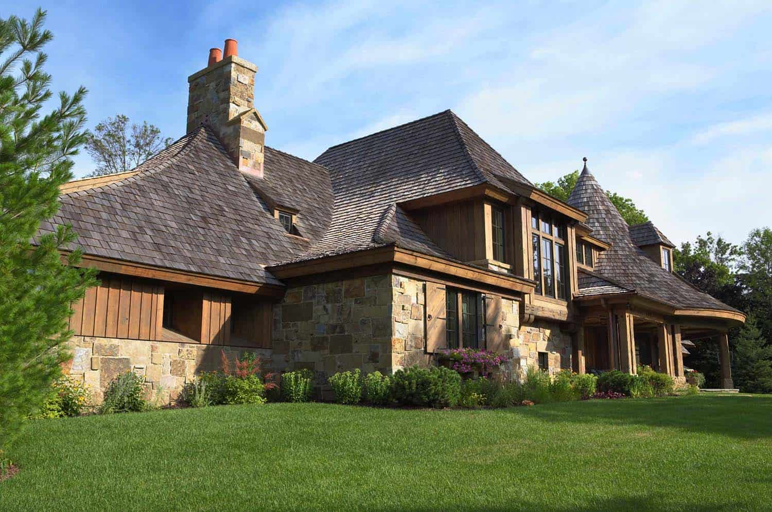 northern-european-style-home-exterior
