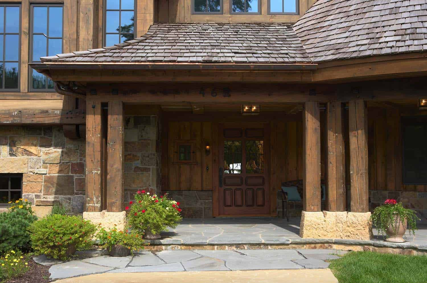 northern-european-style-home-entry