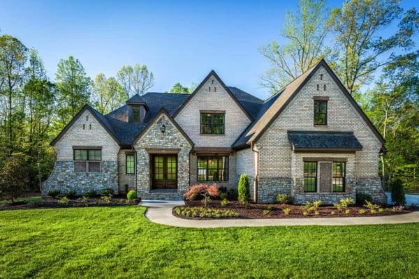 featured posts image for Mountain living with emphasis on entertaining: Asheville model home