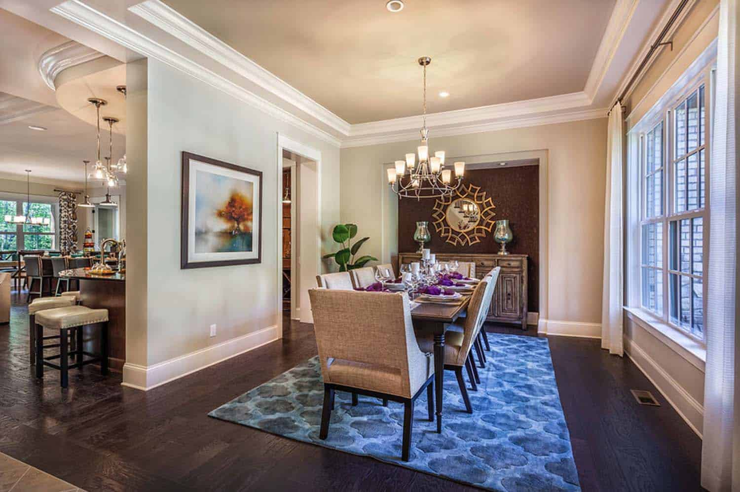 model-home-traditional-dining-room