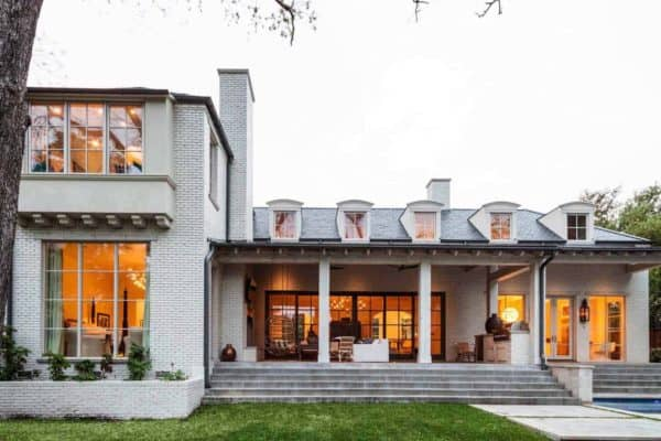 featured posts image for Texas home features a beautiful modern twist on traditional design