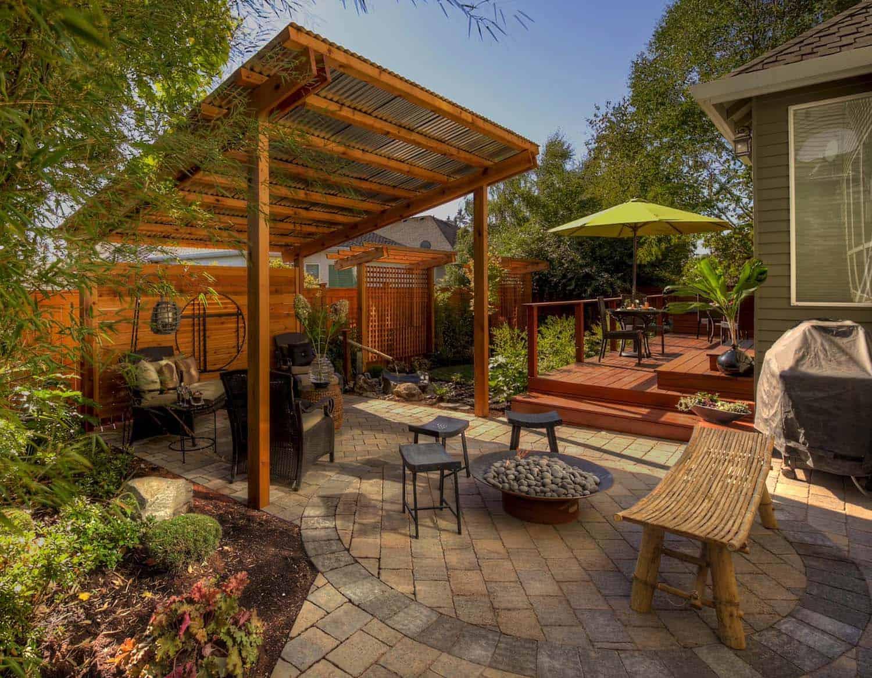 backyard-patio-pergola