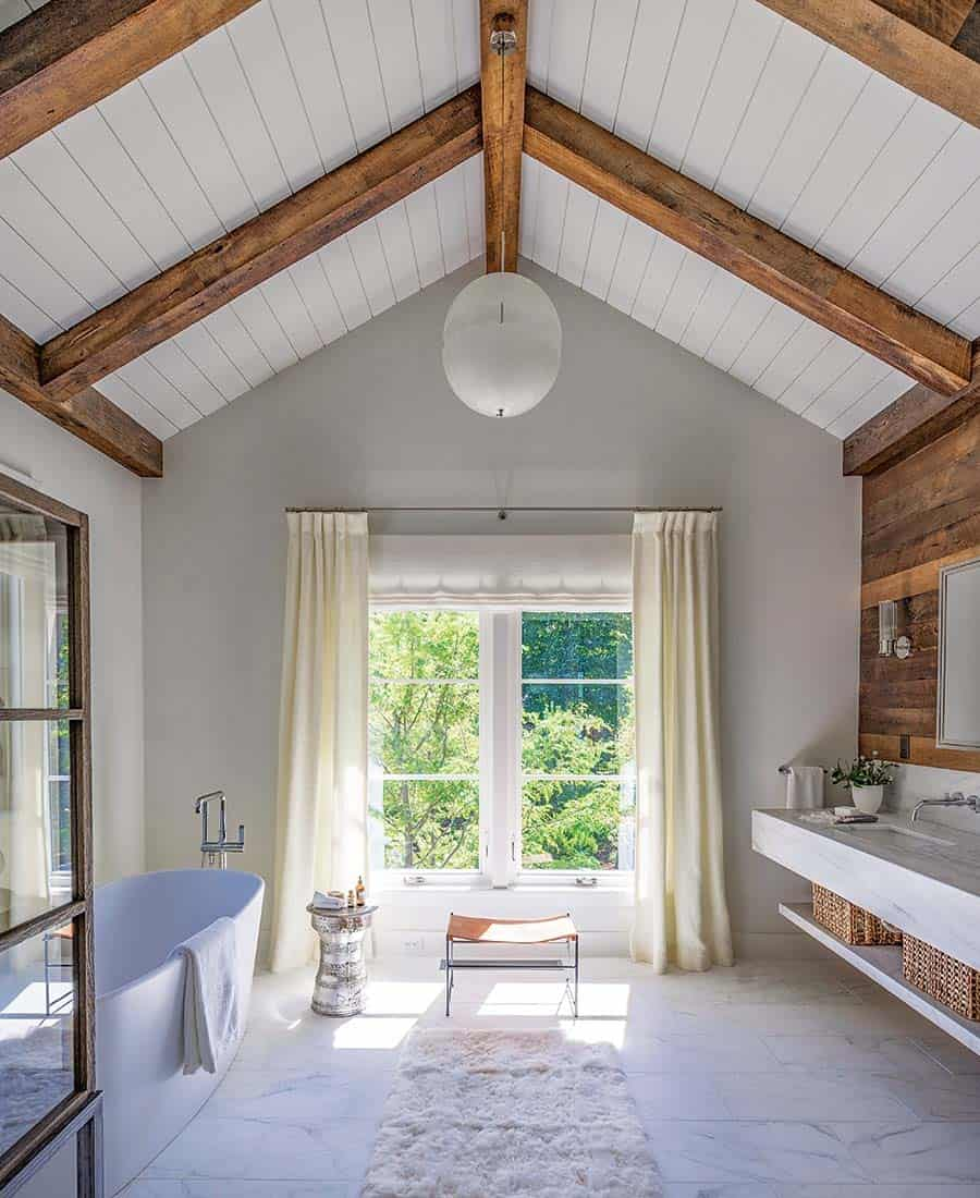 coastal-home-bathroom