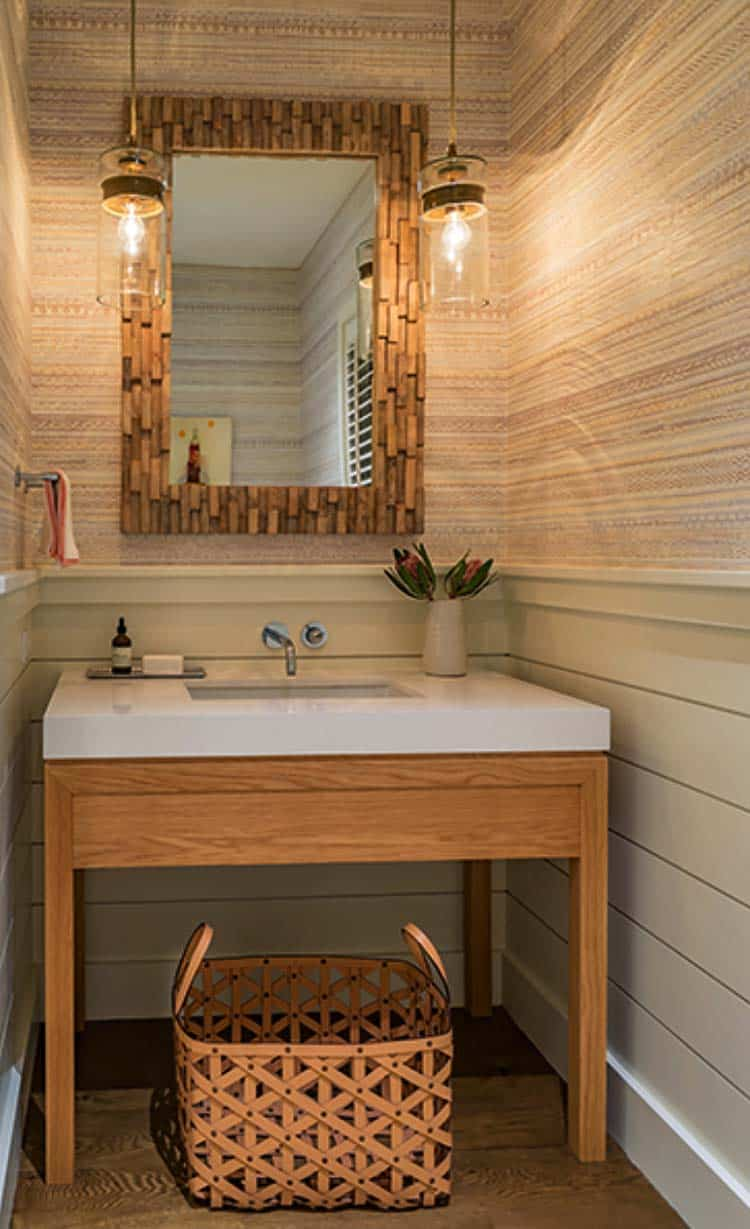 coastal-home-powder-bathroom