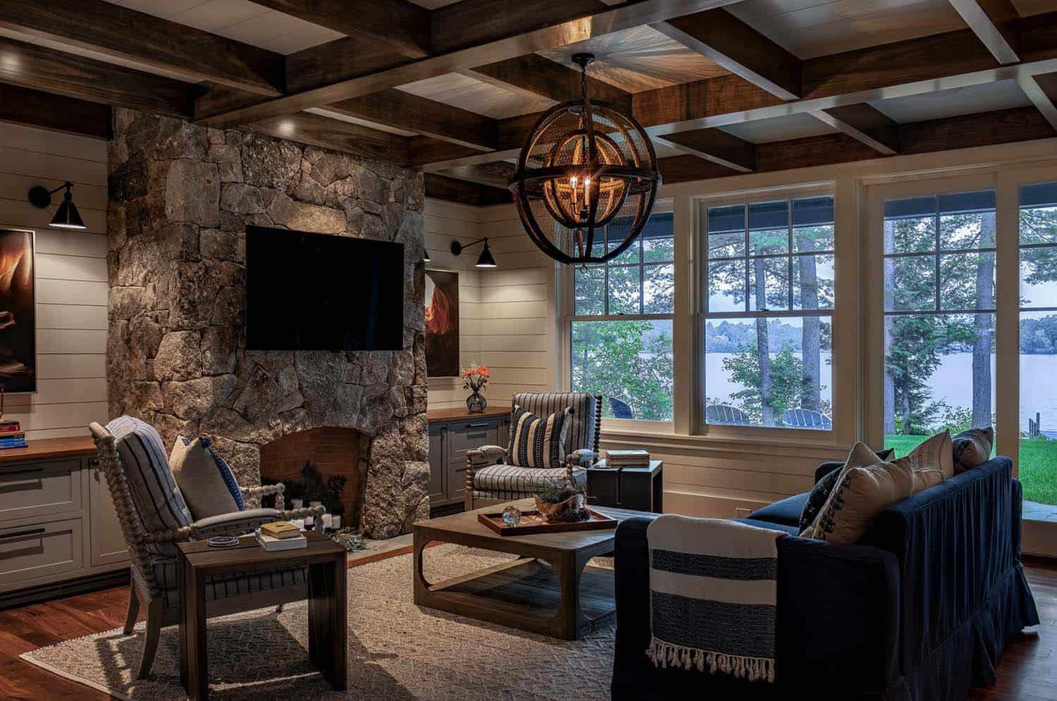 new-england-cabin-living-room