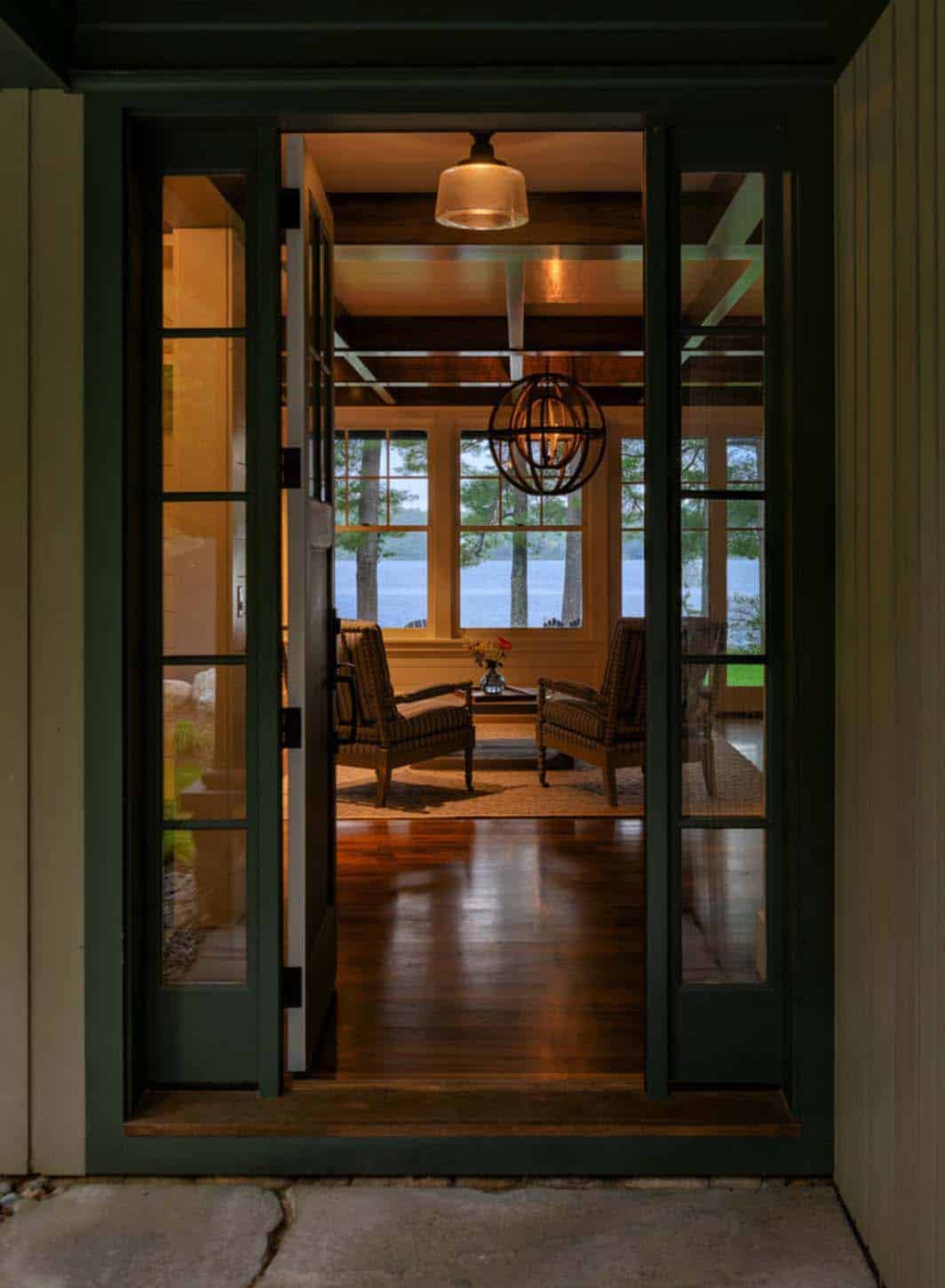 new-england-cabin-retreat-entry