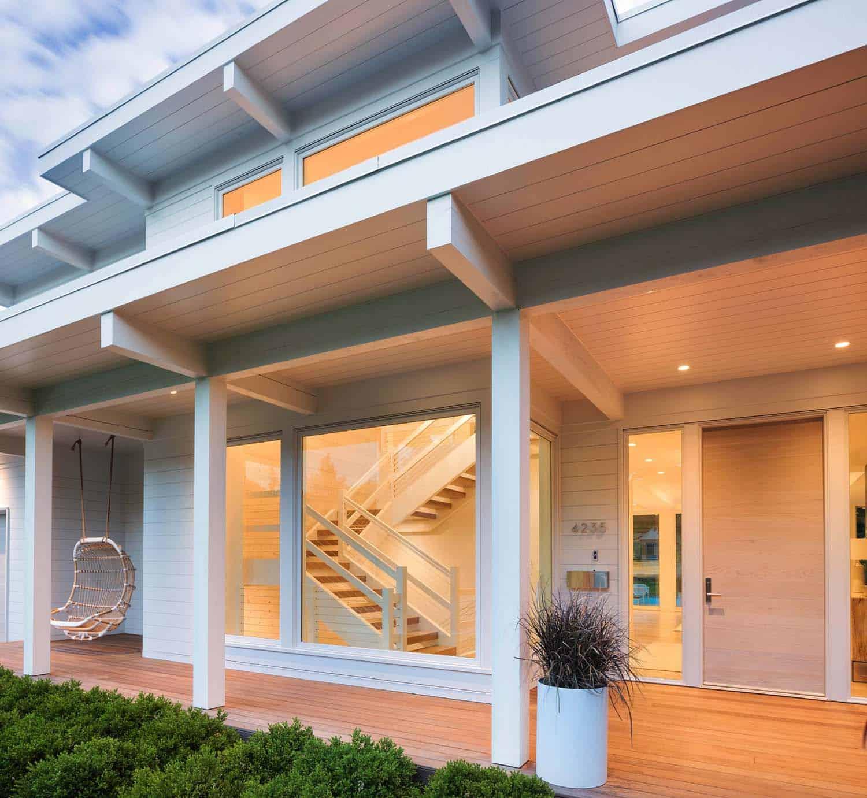 coastal-modern-home-exterior