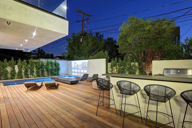 contemporary-exterior-deck