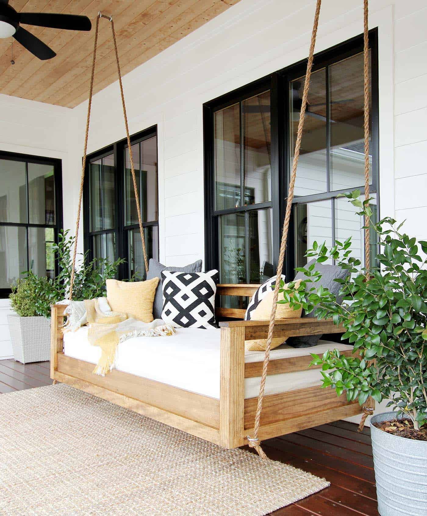 swing-bed-porch
