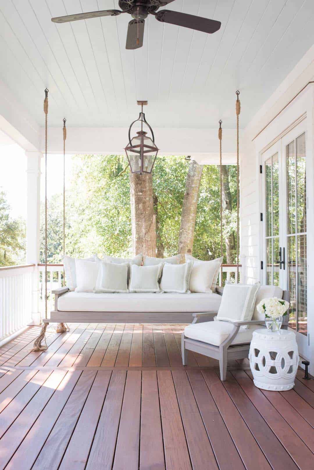 Swinging Bed Ideas For Your Porch