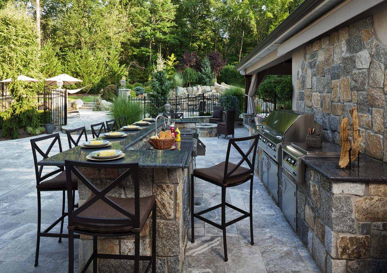 outdoor-kitchen-dining-design