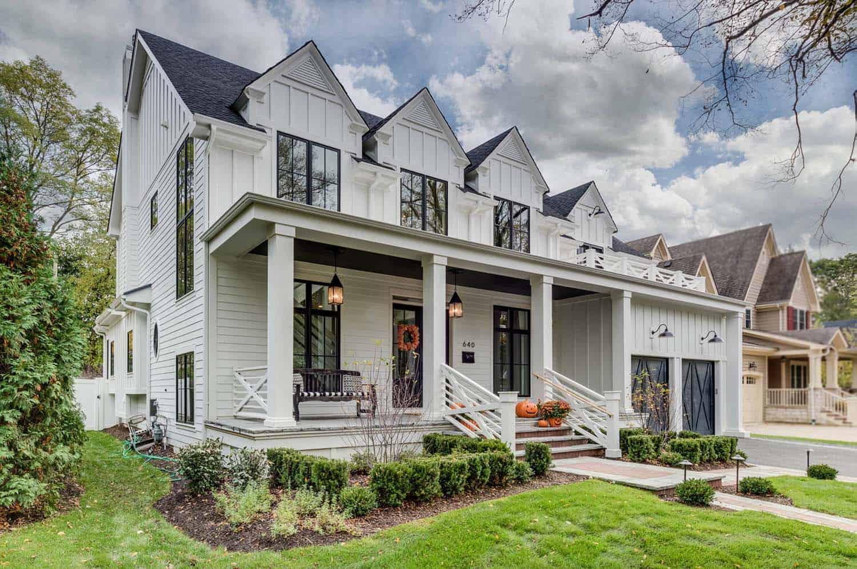 Gorgeous Modern Farmhouse Style Home In Illinois Delights