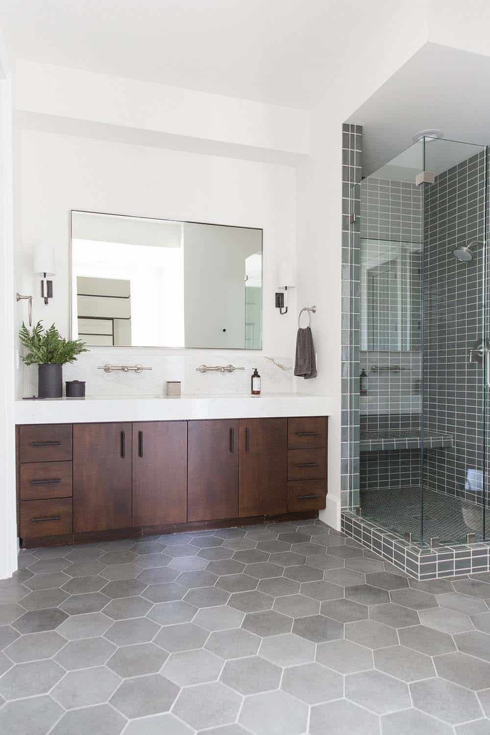 farmhouse-style-bathroom