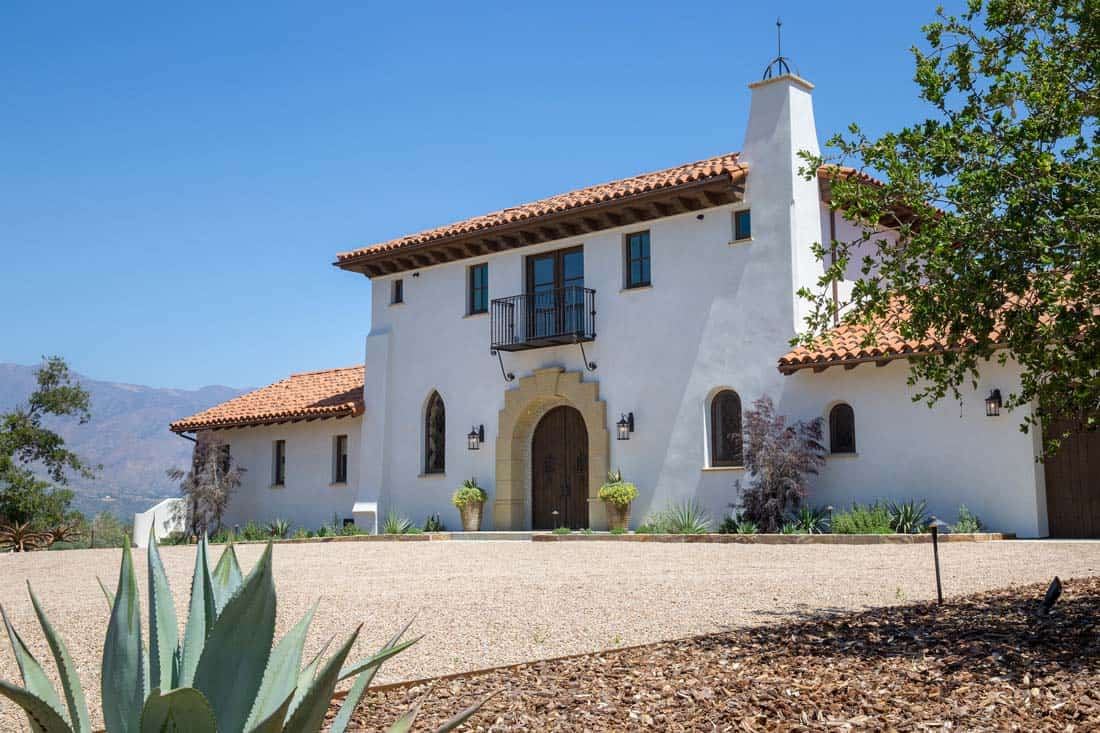 hacienda-style-home-exterior
