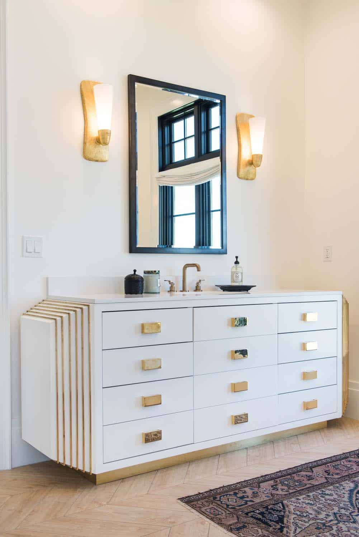 transitional-master-bathroom