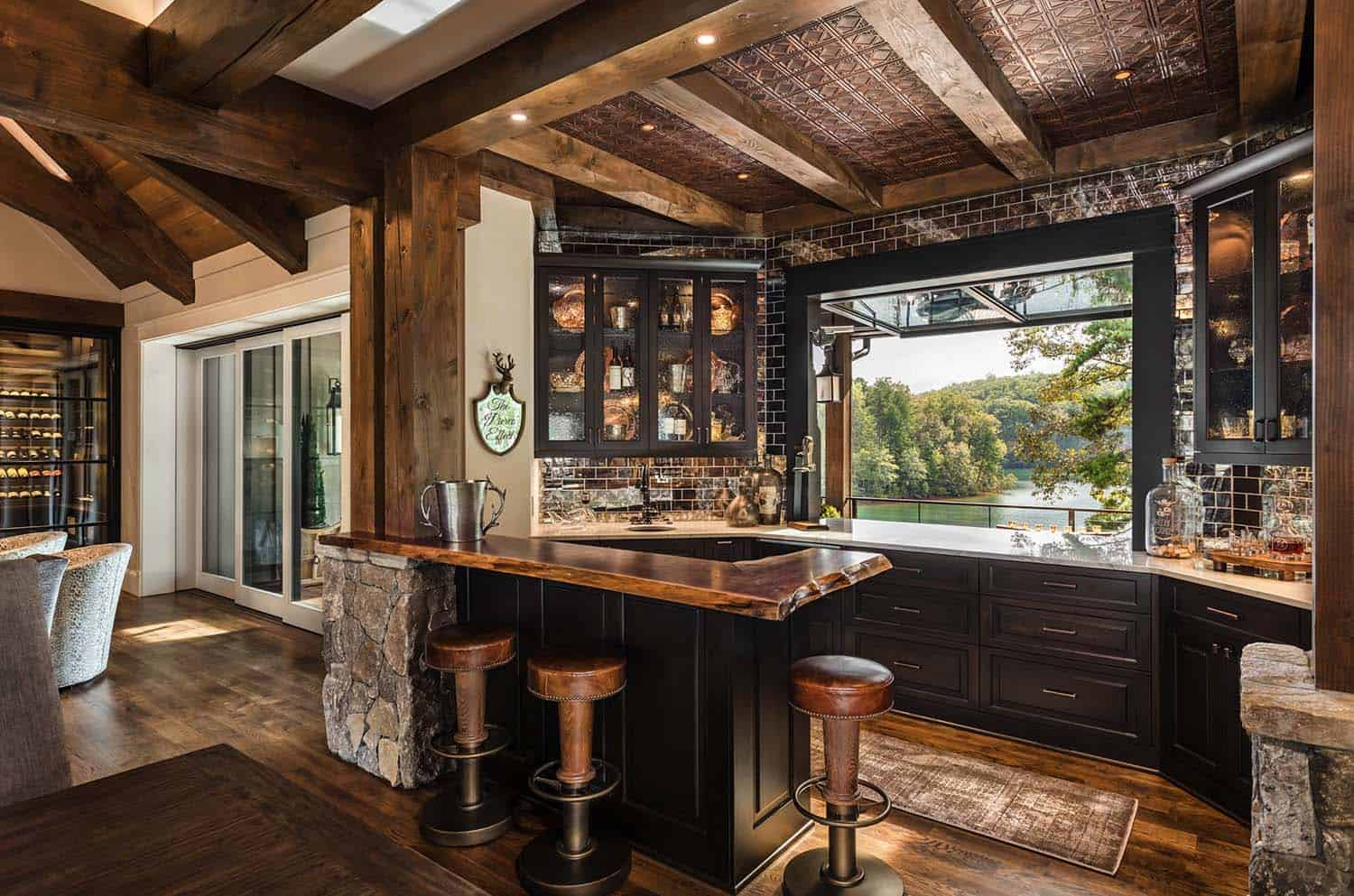 custom-home-rustic-home-bar