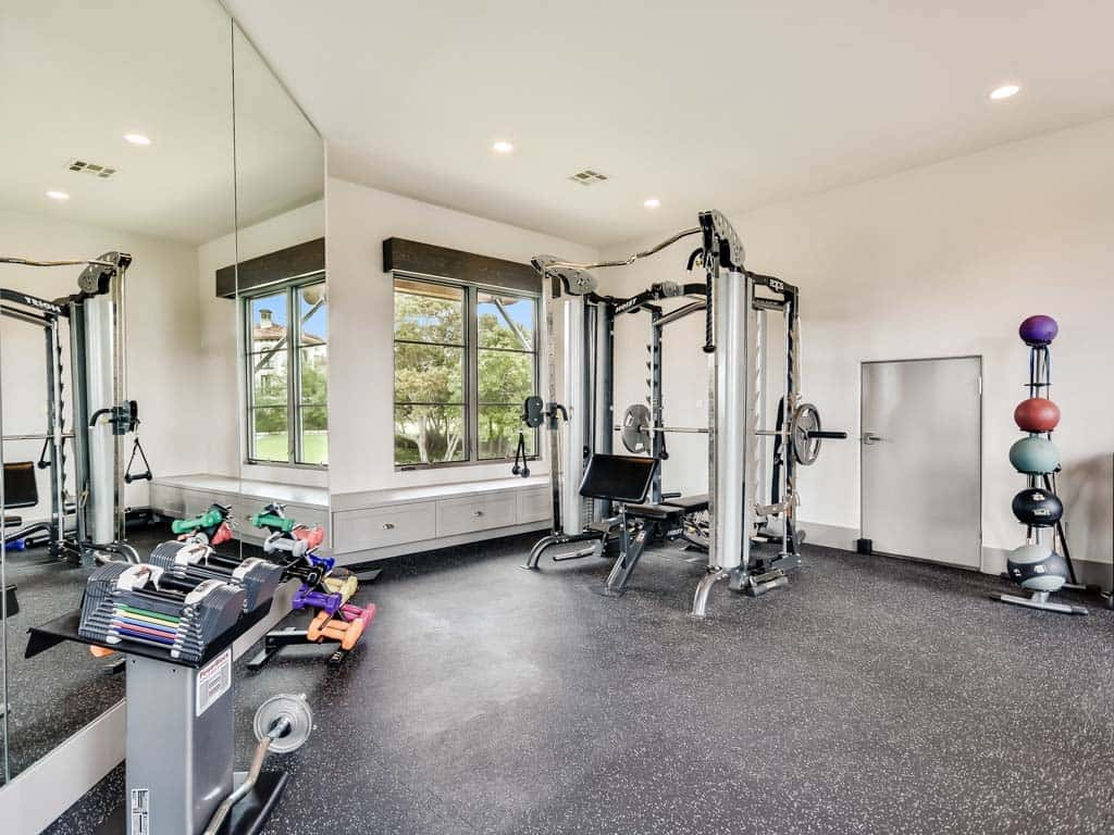 mixed-transitional-mediterranean-home-gym