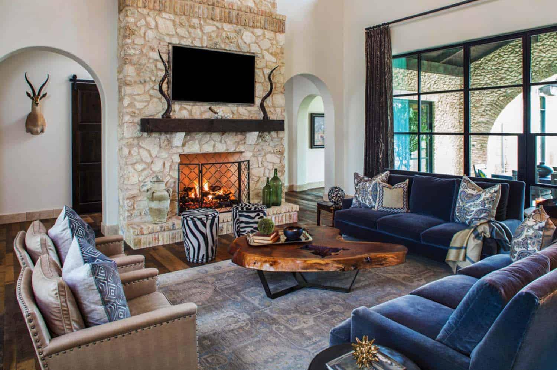 mediterranean-style-villa-living-room