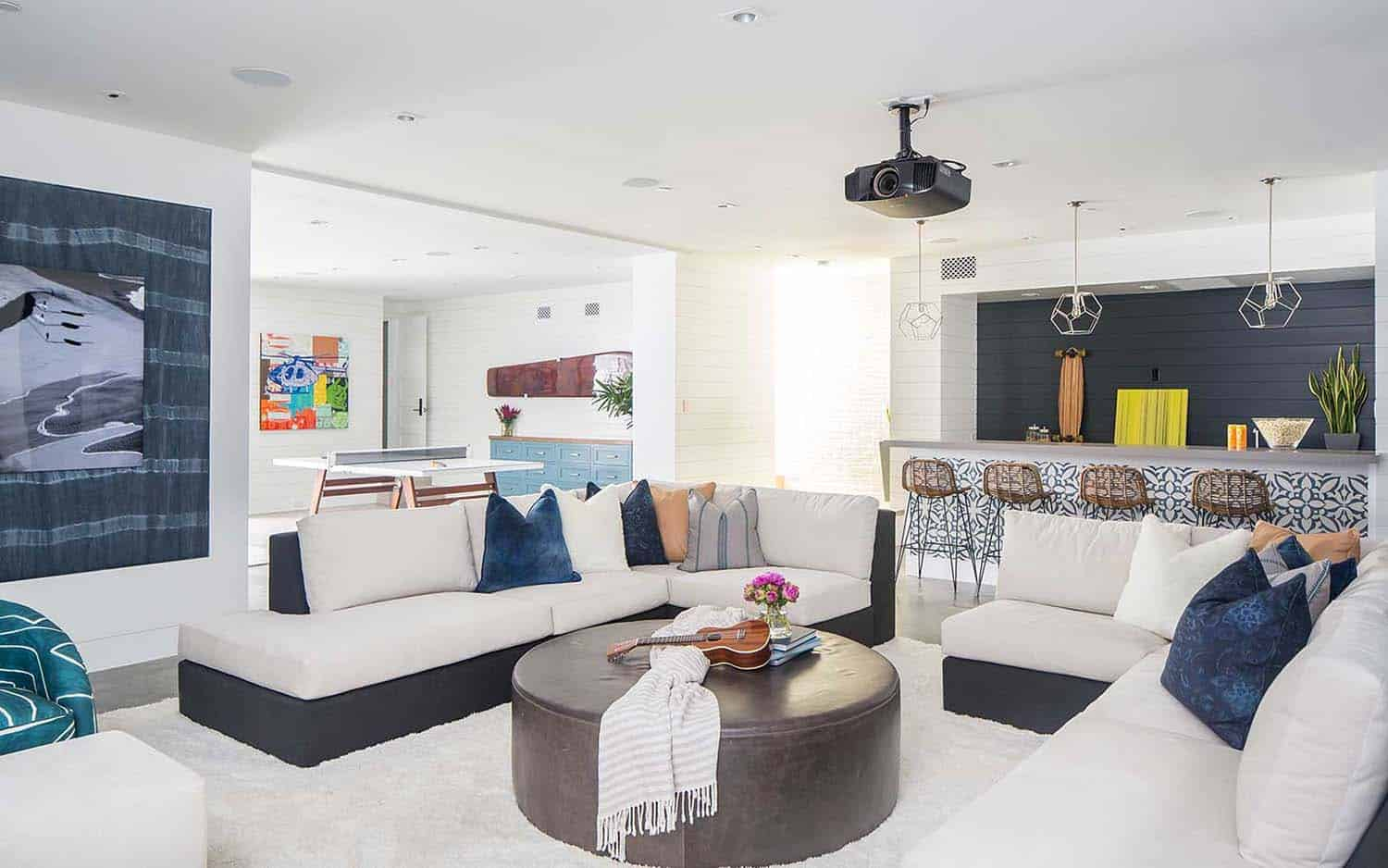 modern-beach-house-beach-style-family-room